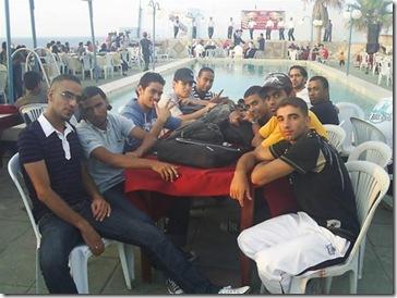 Gazan_breakdancers_chillin